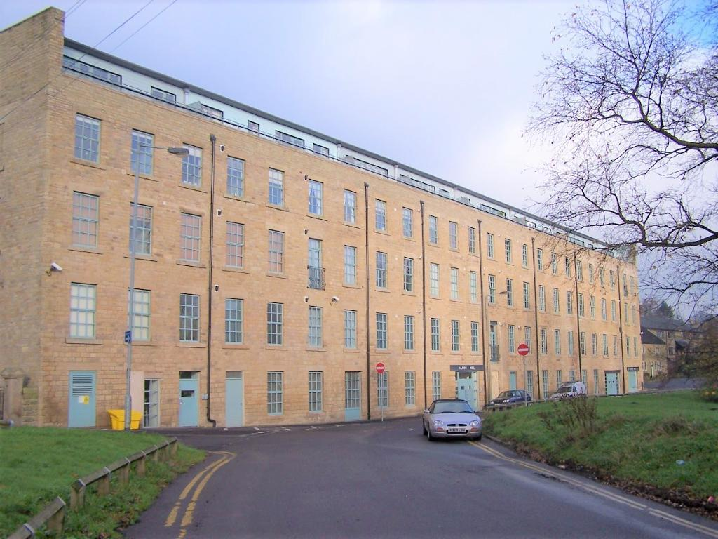 Albion Mill, Wedneshough Green, Hollingworth, Cheshire, SK14 8LS