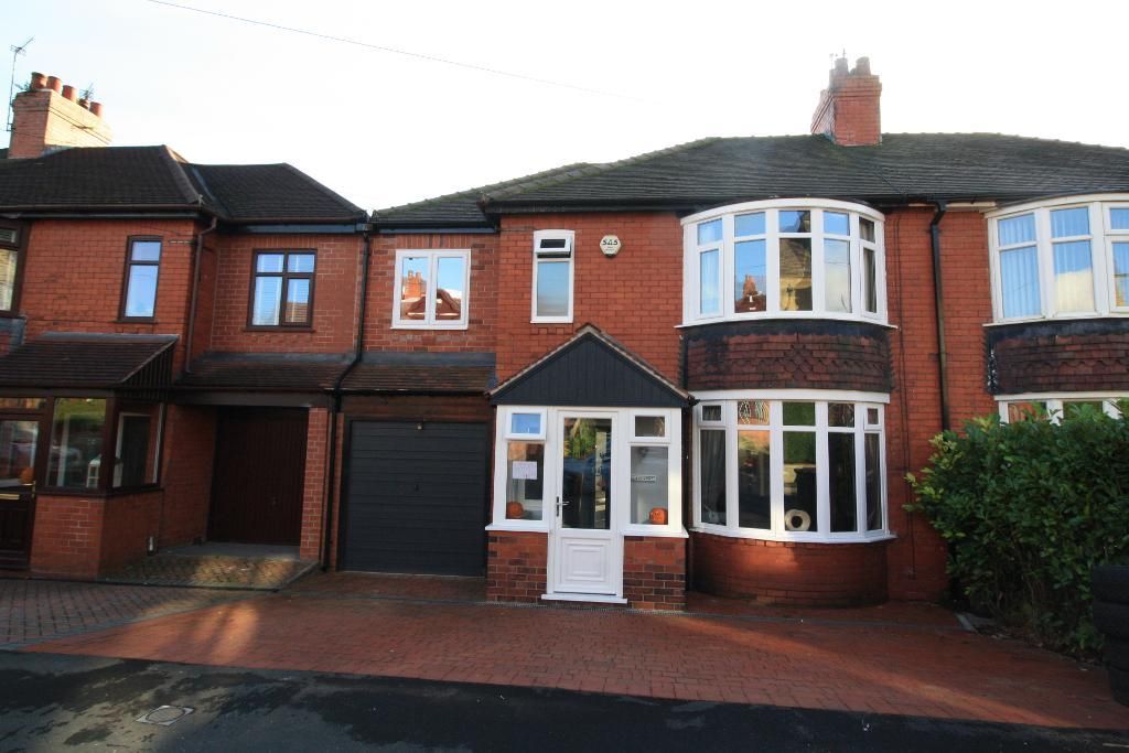 Sunnyside Grove, Ashton-under-Lyne, OL6 6TN