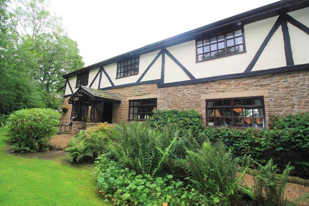 Woodside Farm, Everest Road, Hyde, Cheshire, SK14 4DX